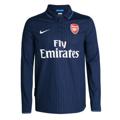 Новая футбольная форма Nike для клуба.